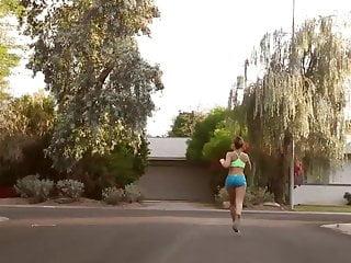 Nude wave runner - Nice softcore teen runner