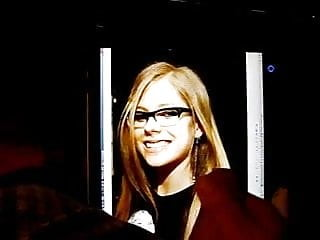 Avril lavigne porn video tube - Cumming on avril lavigne with glasses