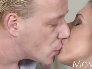 Blonde ametuer sex - Mom blonde milf enjoys a slow blowjob before full on sex