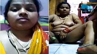 Today Exclusive- Desi Hot Bhabhi Masturbate a...