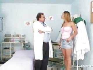 Girls with doctor examing their pussy - Kira kinky gyno exam at gyno clinic with old bizarre doctor