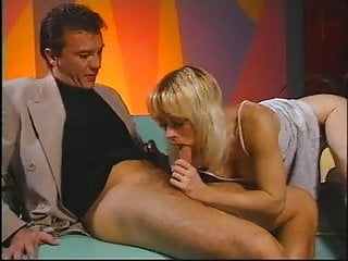 Typical facial middle-aged aging signs Hot middle aged blonde takes on 2 large dicks at the same time