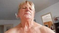 Jebanie seksownej starszej pani
