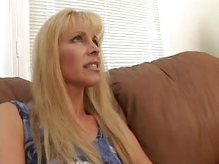 Thick long cock fetish - Milf nicole moore sucks on a long thick cock