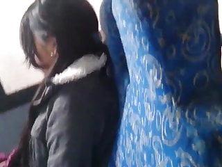 Vagina e pene - Mostrando pene en el bus