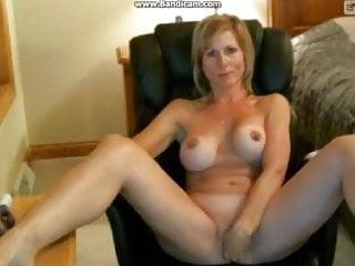 Free nude andrea bowen - Julie bowen imposter modern