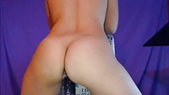 Webcam - Hot Latina rides dildo with creampie!