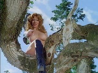 Saint croix nude - Raven de la croix janet woods in up 1976 vixen en francai