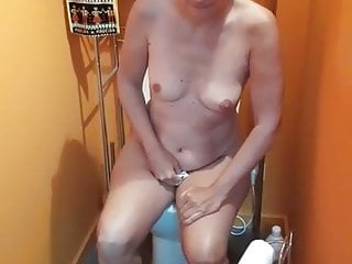 Magaly rodriguez naked Magalie pisse a poil