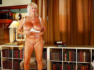 Mature busty grannies Mature.nl presents best busty grannies and moms