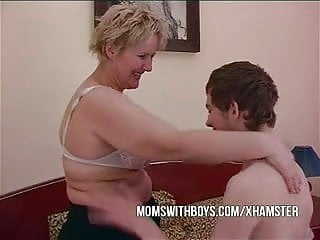 Lesbian seducing friends - Bbw mature mom seduces sons friend