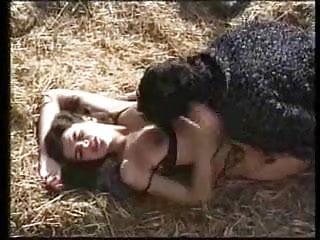 Hot girls with ferm tits - La ferme