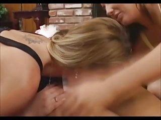 Extreem sexy lesbians Sexy lesbians love asses part 2