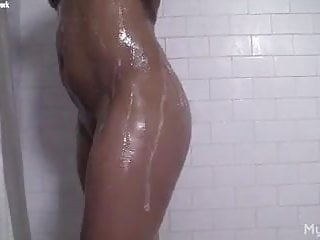 Sex female bodybuilder flv - Female bodybuilder masturbates in the shower