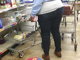 Only seen a penis Ever seen a phat ass auntie in skinny jeans here u go again