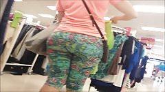 Big ass round milf booty