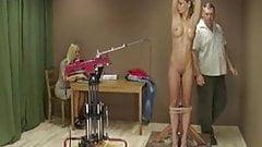 Spanking Machine - Lea - Tits whipping
