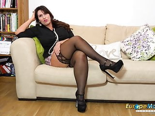 Josephine james boobs Europemature horny josephine and her vibrating toy