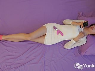 Teen bedroom vanities - Yanks babe teira vanitys smoldering rabbit play