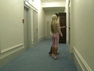 Sexy cora clips - Sexy cora fickt fan auf der erotik-messe