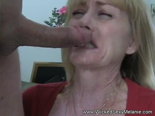 Sexy Saffron Sensual Blowjob