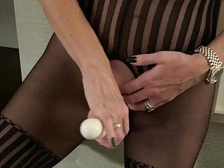 Mature women in sexy high heel porn Mature women masturbation