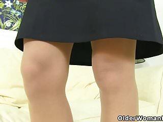 Mom and asian girl tgp chloe - French milf chloe pleasures her pantyhosed pussy
