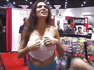 Sex in conventional movies - Plenty of teasers at the porn convention