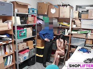 David taylor gets fucked - Foxy sweety shoplifter taylor gets fucked