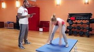 Nina Bott - Sexy Fitnesstraining