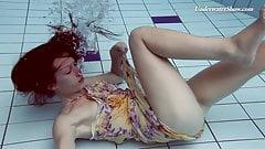 Liza Rachinska underwater bae naked