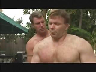 Gay nackt muskel Muscle Gay