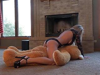 Nikki sims playmates nude freeones - Oh teddy