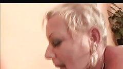 Shorthair-Blonde Granny - BBC Double Penetration