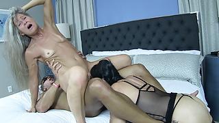 Leilani Lei and Rita Daniels Share a Big Cock