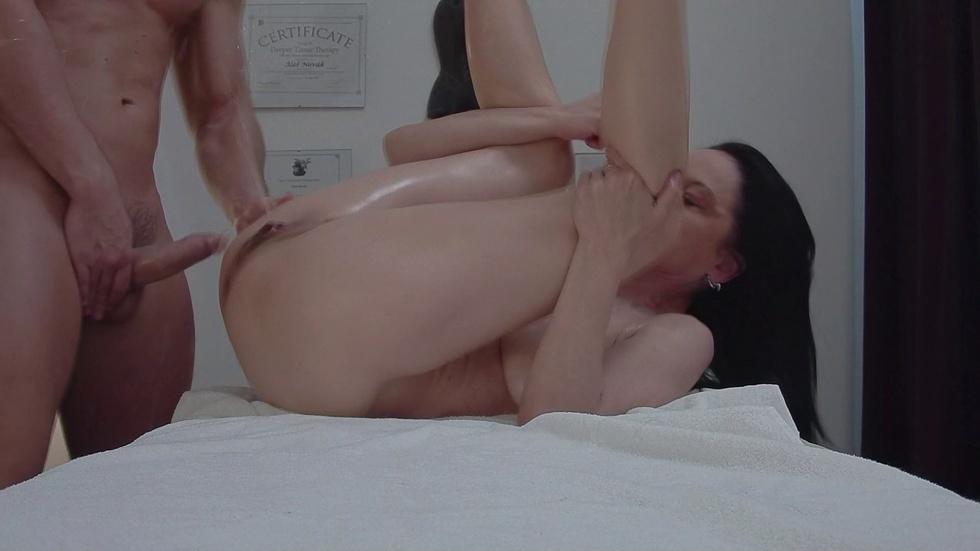 Intense Asian Solo Orgasm