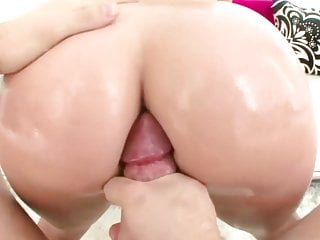 Soho columbian xxx Oiled ass columbian milf sandra
