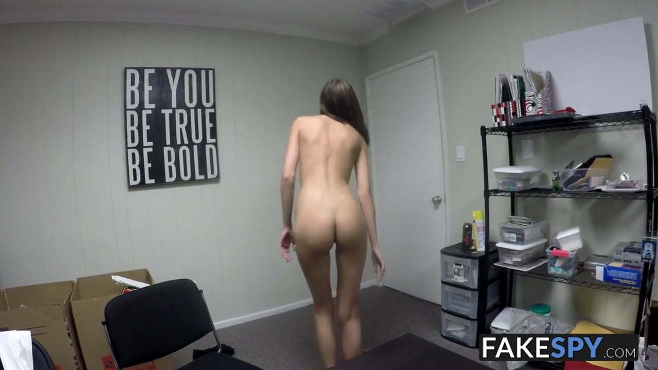 Tricked Into Pussy Eating