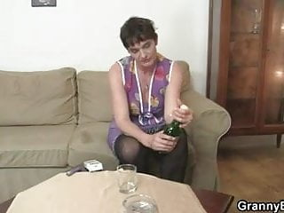 Mature granny legs Old mom spreads legs for young cock