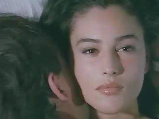 Free monica belluci nude clips Monica bellucci nude sex in movie 1