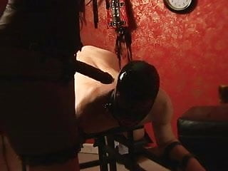 Bdsm furniture whipping post pillory Strap-on on pillory