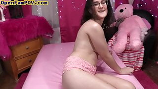 Bigtit nerdy stepteen dirty talks while fingering her pussy