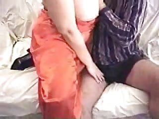 Site bikini Bbw princess- gives hj to a member of her site