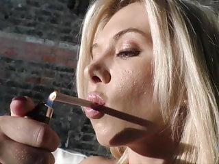 Does handjob destroy penis Blonde jeanie marie does handjob