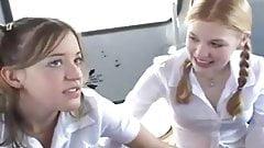 Nastolatki szkolny szczęśliwy dzień