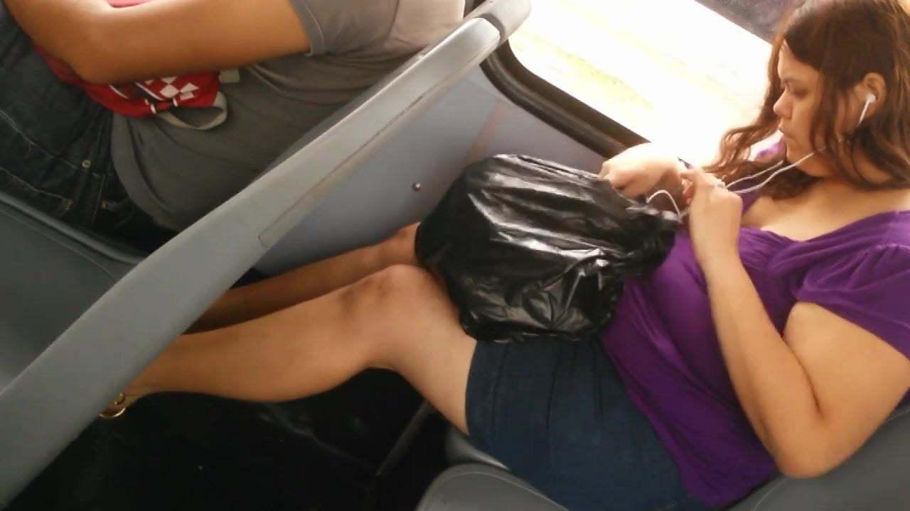 gruesas lesbianas en minifaldas porno hardcore