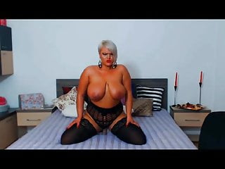 Hot blonde uses huge dildo Hot blonde bbw with huge tits fucks dildo