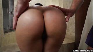 Hot Latina got it after shower