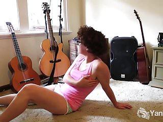 Redtube hairy greek twat video Hot rosie masturbating her hairy twat