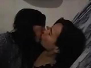 Nude lesbo kiss Passionate lesbo kiss